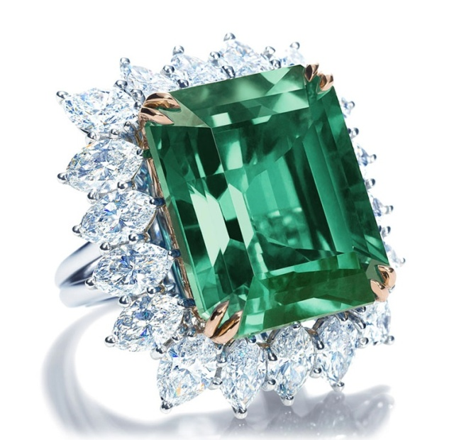Harry Winston Emerald & Diamond Ring